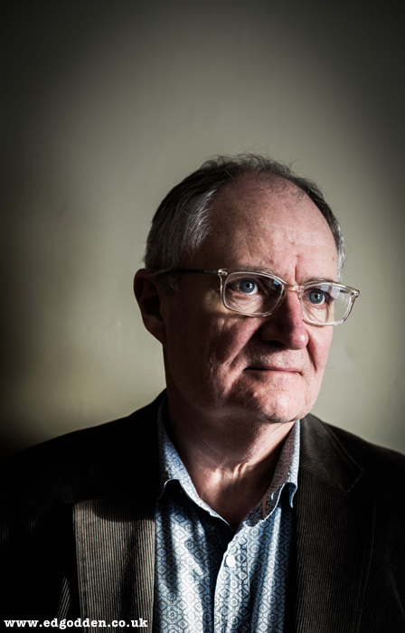 jim broadbent moulin rouge