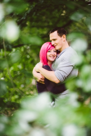 Helen & Chris – a colourful pre wedding shoot in Derbyshire