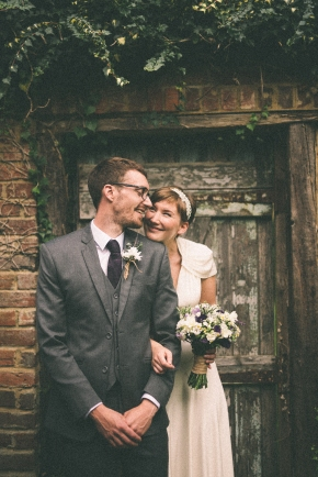 Pippa & John – wedding alongside the Grand Union Canal (sneak peek pics)